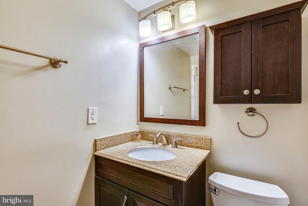 Updated guest bathroom. - 24 SIMEON LN, STERLING