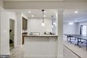 Beautiful wet bar w/fridge & dishwasher! - 42394 MADTURKEY RUN PL, CHANTILLY