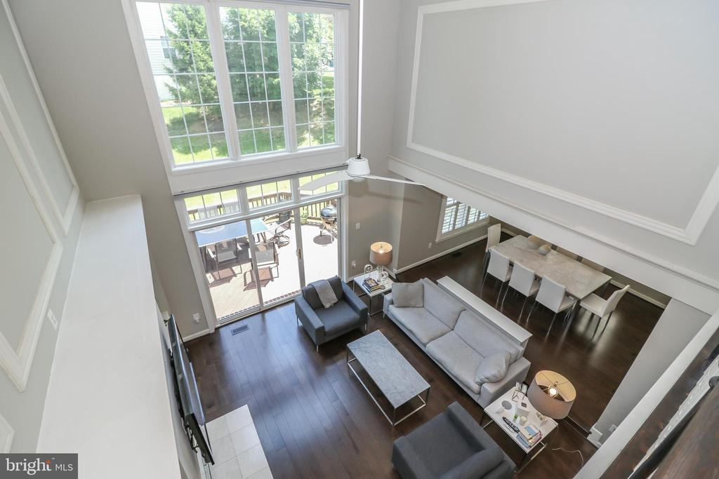 Tons of natural light in the two story family room - 20456 TAPPAHANNOCK PL, STERLING
