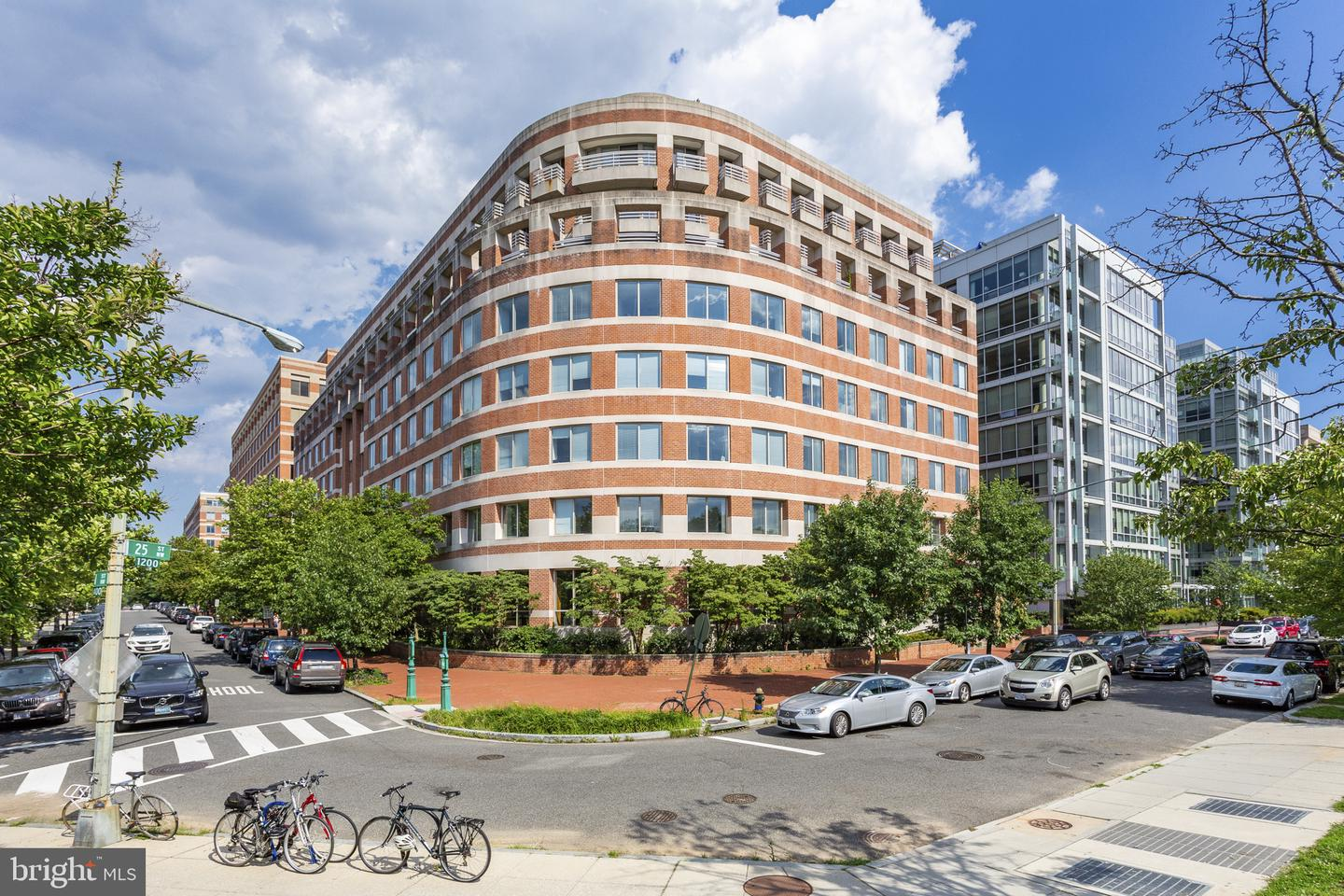 Single Family for Sale at 1275 25th St NW #607 Washington, District Of Columbia 20037 United States