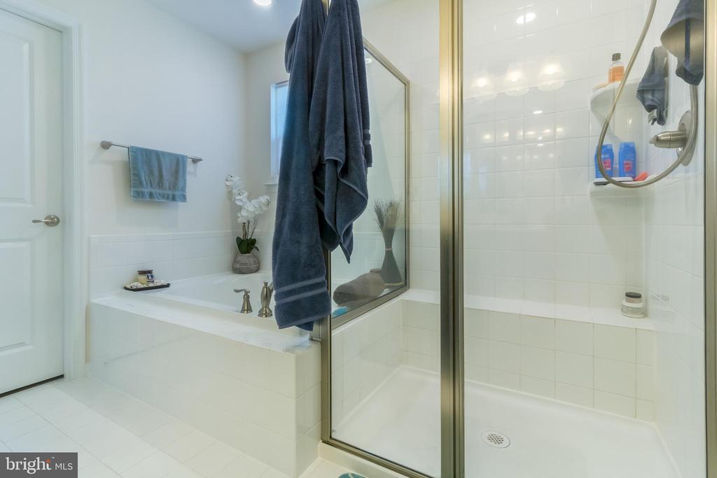 Master Bath Shower - 14605 PARKGATE DR, LAUREL