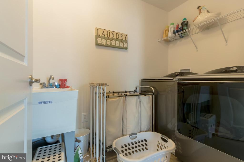 Upstairs Laundry - 14605 PARKGATE DR, LAUREL