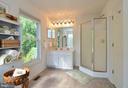 Master separate shower - 15012 DOVEY RD, SPOTSYLVANIA