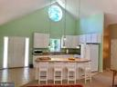 Cathedral ceilings - 15012 DOVEY RD, SPOTSYLVANIA