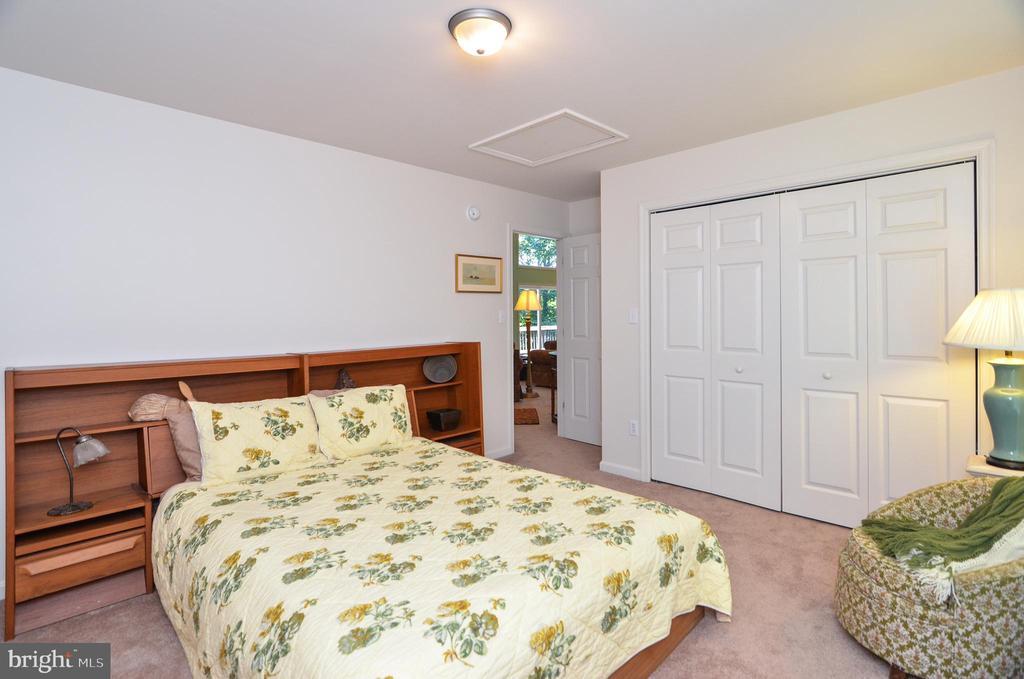 Main level 3rd bedroom - 15012 DOVEY RD, SPOTSYLVANIA