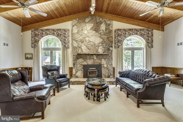 Great Room - 5916 HALLOWING DR, LORTON