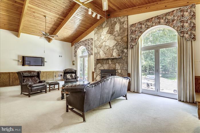 Rich, warm wood ceiling - 5916 HALLOWING DR, LORTON