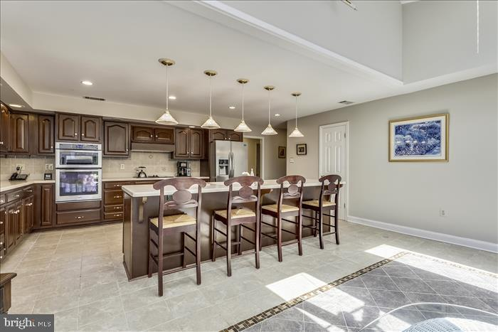 Room for cooks and guests - 5916 HALLOWING DR, LORTON