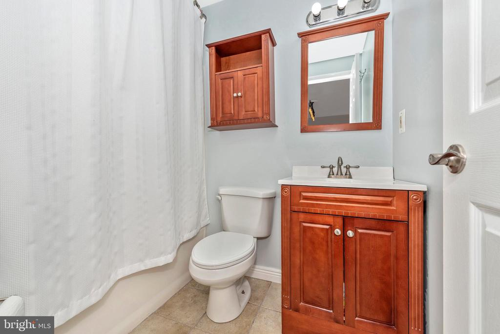 Full Bathroom 2-Lower Level - 27 STONEY PARK WAY, THURMONT