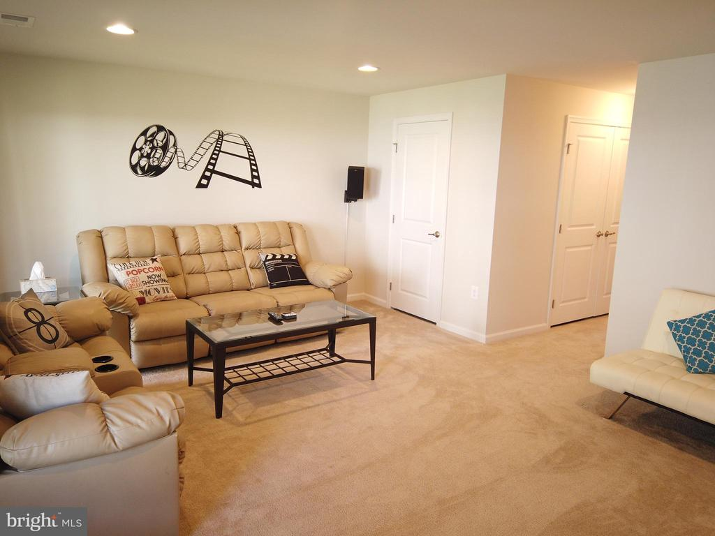 Recreation room to relax and watch a movie! - 215 LANDING DR, FREDERICKSBURG