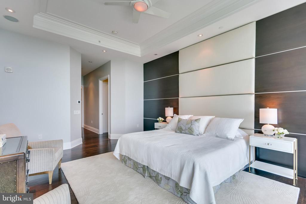 Master Bedroom - 1881 N NASH ST #PH08, ARLINGTON