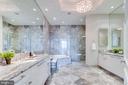 Master Bathroom - 1881 N NASH ST #PH08, ARLINGTON