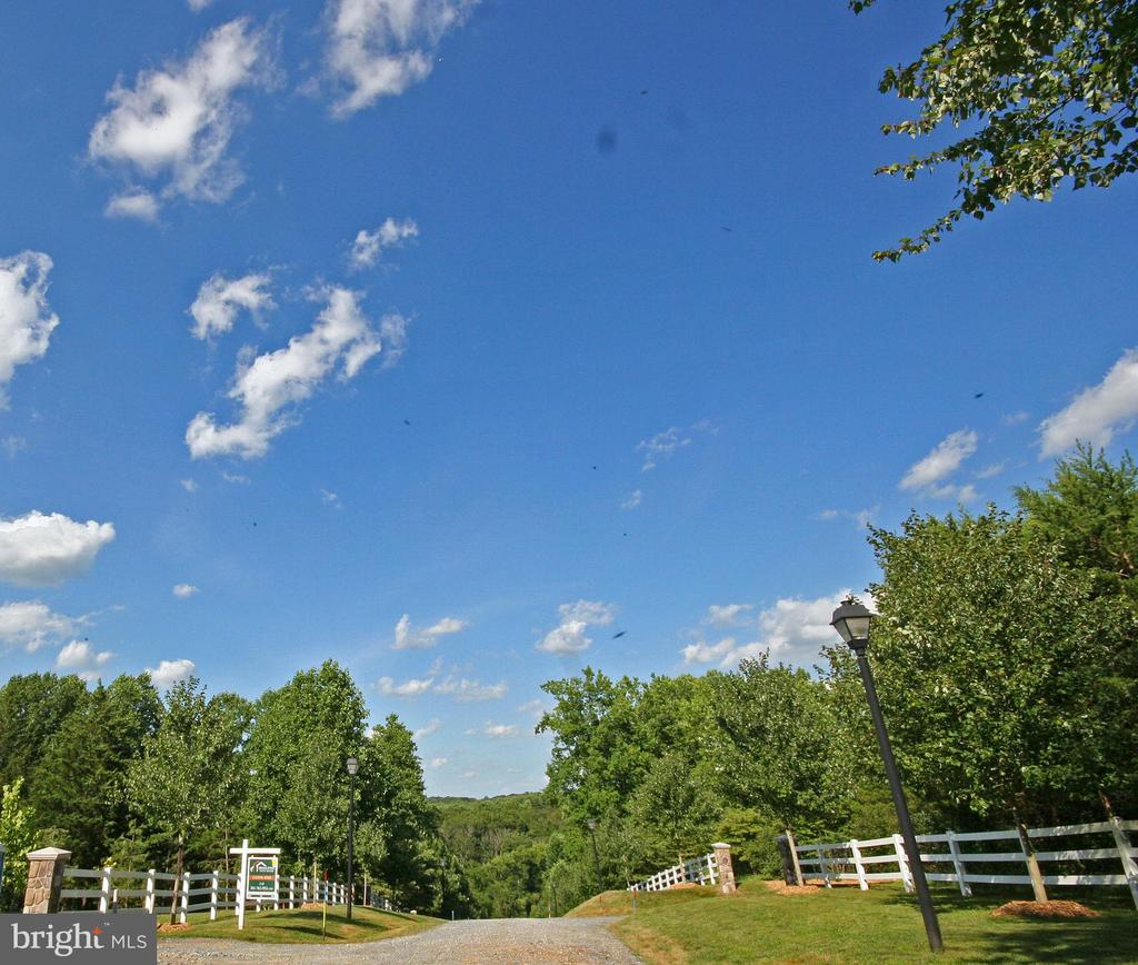 Beautiful View - 8183 PETERS RD, FREDERICK