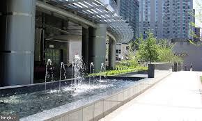Fountain - 1881 N NASH ST #PH08, ARLINGTON