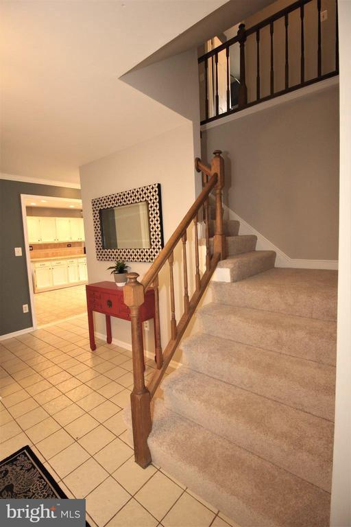 2 Story Entrance Foyer - 1140 BANDY RUN RD, HERNDON
