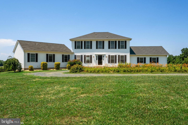 Single Family Homes pour l Vente à Beallsville, Maryland 20839 États-Unis