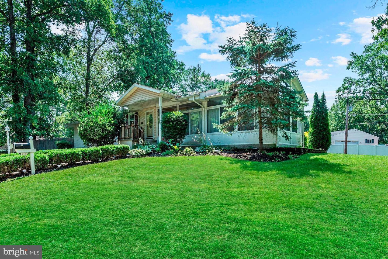 Single Family Homes para Venda às Lindenwold, Nova Jersey 08021 Estados Unidos