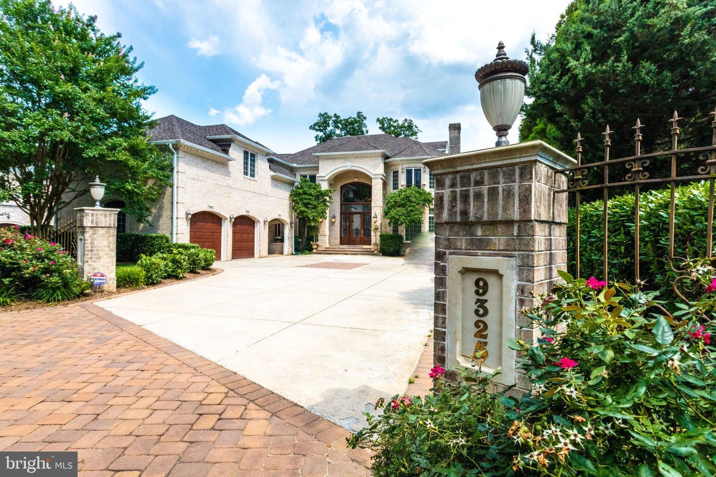 Single Family Homes للـ Sale في Address Restricted Alexandria, Virginia 22309 United States