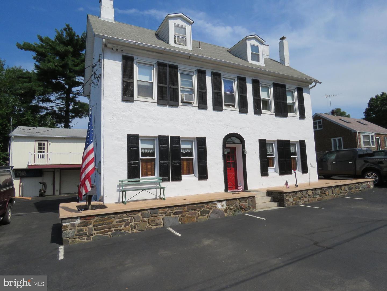 Single Family Homes pour l Vente à Bensalem, Pennsylvanie 19020 États-Unis