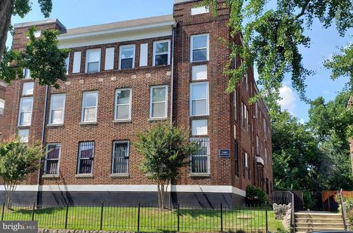 1441 SPRING RD NW #203