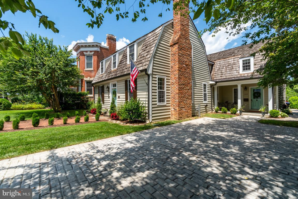 Fredericksburg                                                                      , VA - $1,095,000