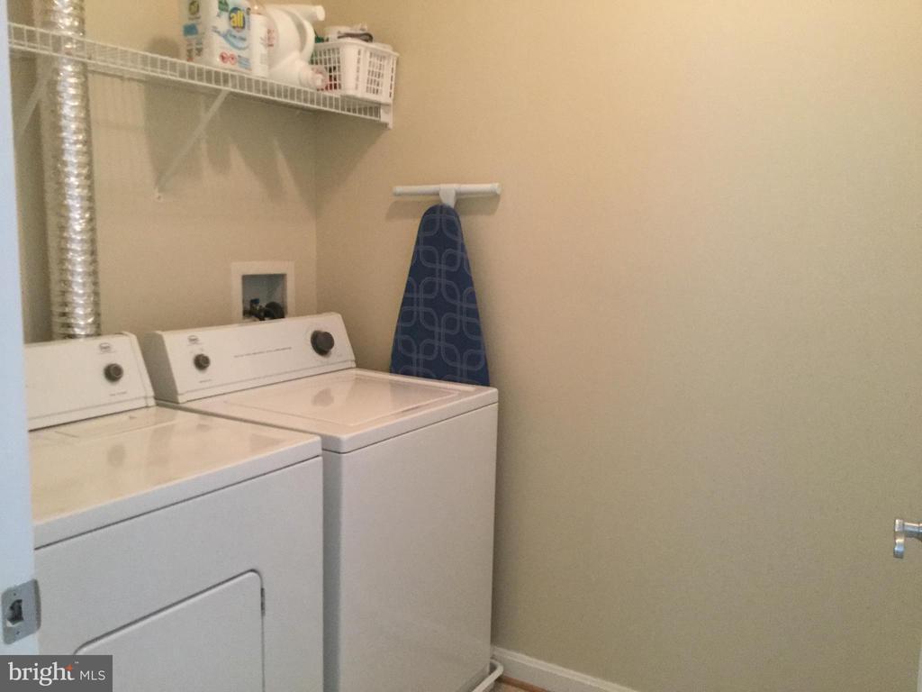 Laundry Room - 11506 SPERRIN CIR #305, FAIRFAX