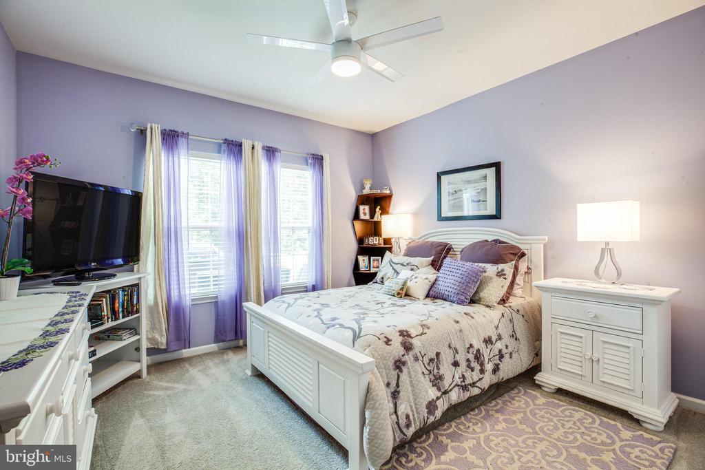 5th bedroom - 20 GENEVIEVE CT, FREDERICKSBURG