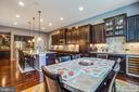 Gourmet kitchen and wonderful island - 20 GENEVIEVE CT, FREDERICKSBURG