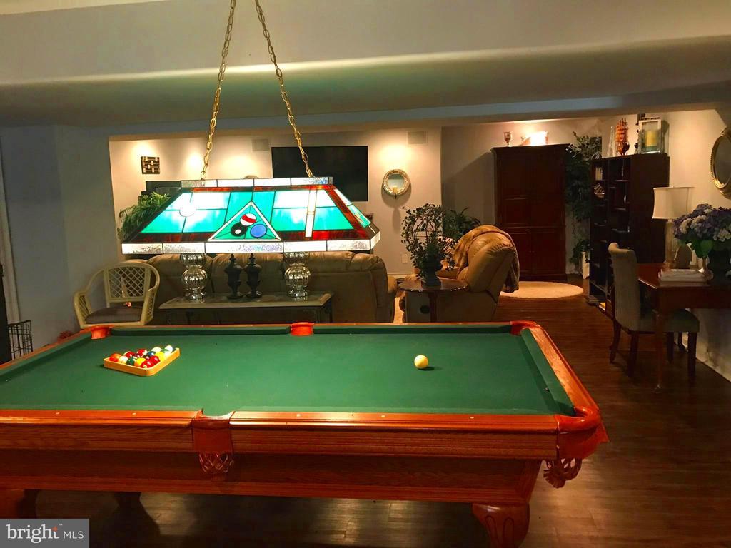 Billards & room for gaming in the open Rec room - 504 CREEK CROSSING LN, GLEN BURNIE