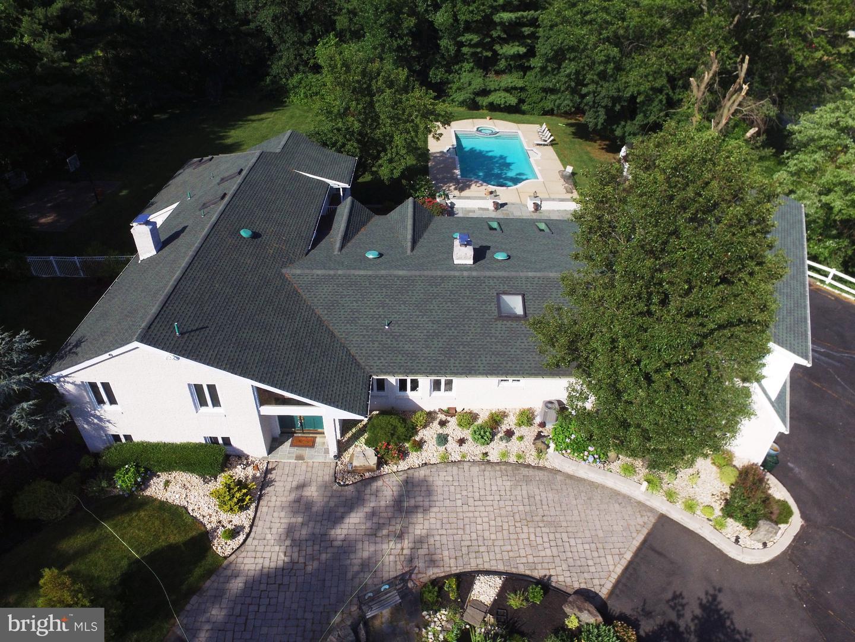 Single Family Homes för Försäljning vid Robbinsville, New Jersey 08691 Förenta staterna