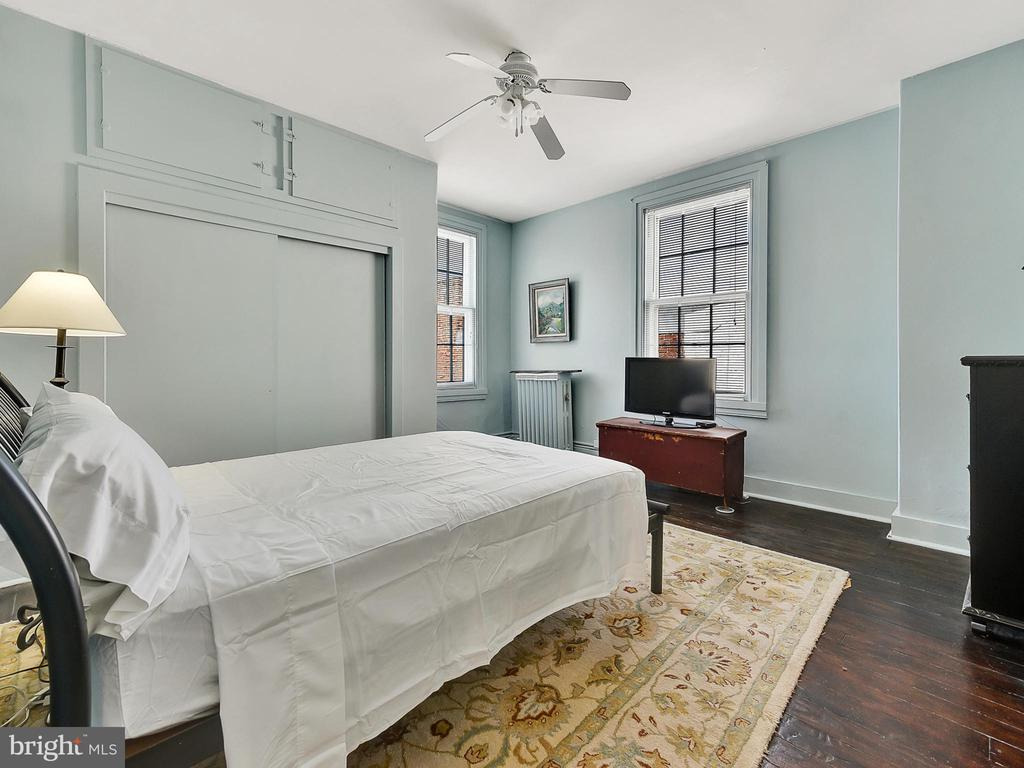 Fourth bedroom, spacious closet! - 121 W 2ND ST, FREDERICK