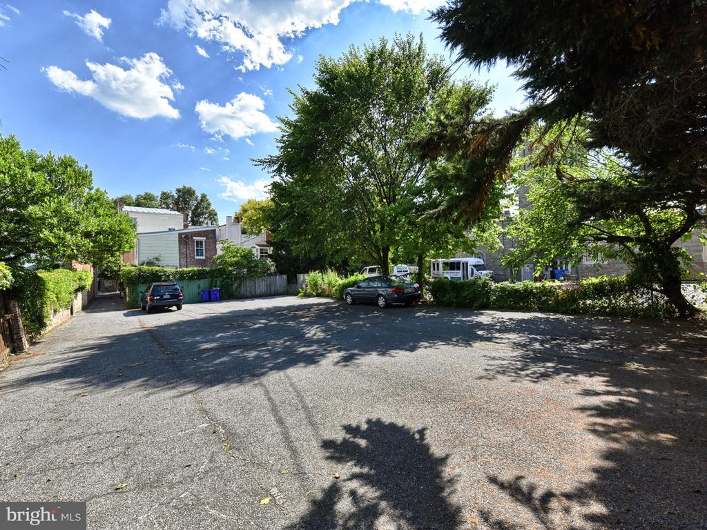 6 spaces, 13 owned spaces! - 121 W 2ND ST, FREDERICK