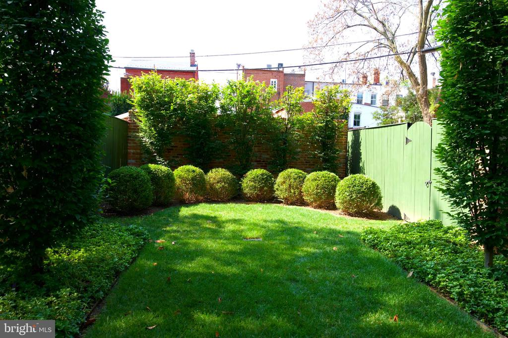 End of Garden with Fences and gates to parking! - 3306 O ST NW, WASHINGTON