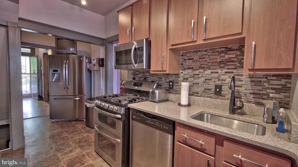 Kitchen - 146 BRYANT ST NW, WASHINGTON