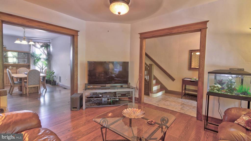 Living Room - 146 BRYANT ST NW, WASHINGTON
