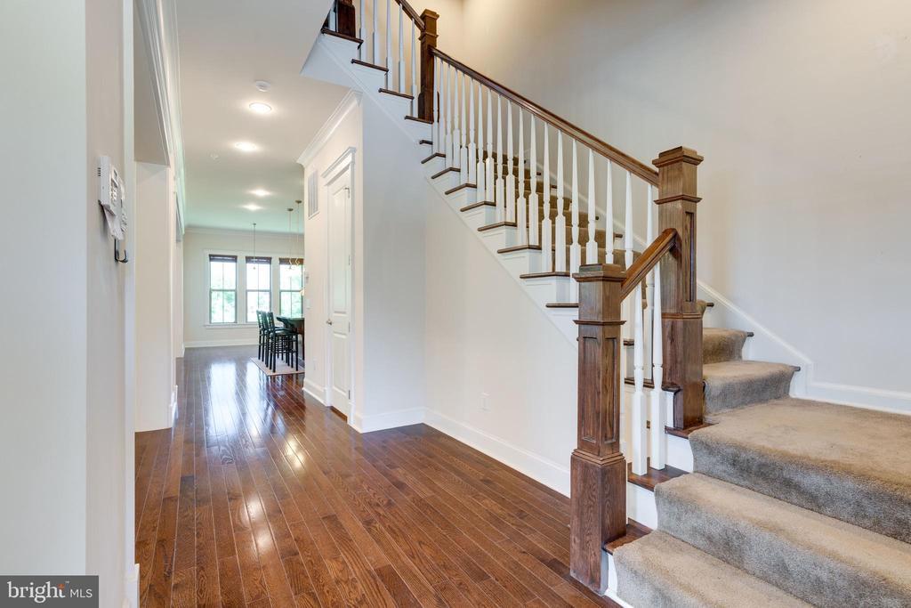 Foyer, hardwood flooring - 2192 POTOMAC RIVER BLVD, DUMFRIES