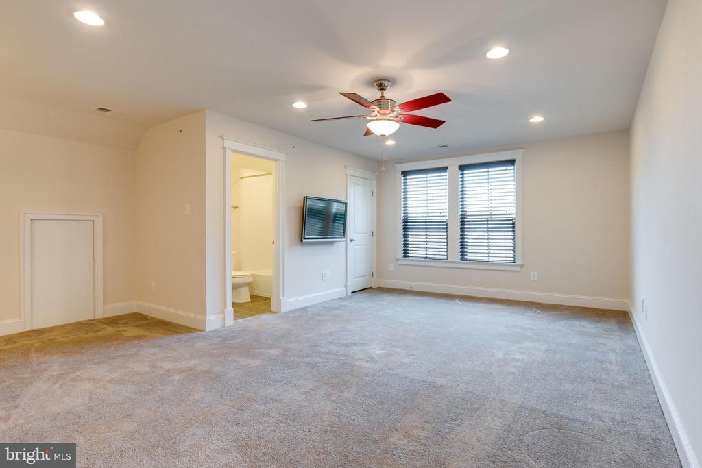 Bedroom Loft Level - 2192 POTOMAC RIVER BLVD, DUMFRIES