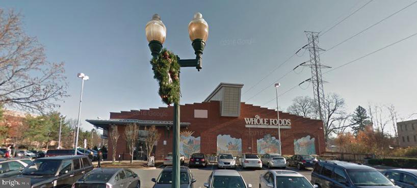 Whole Foods Market is a .5 mi walk via W&OD trail - 511 SPRING ST SE, VIENNA