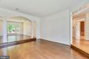 Bright open Living room  and Dining room - 8500 IDYLWOOD VALLEY PL, VIENNA