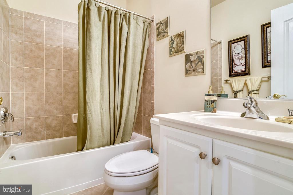 Lower Level-Bath - 4785 GRAND MASTERS WAY, WOODBRIDGE