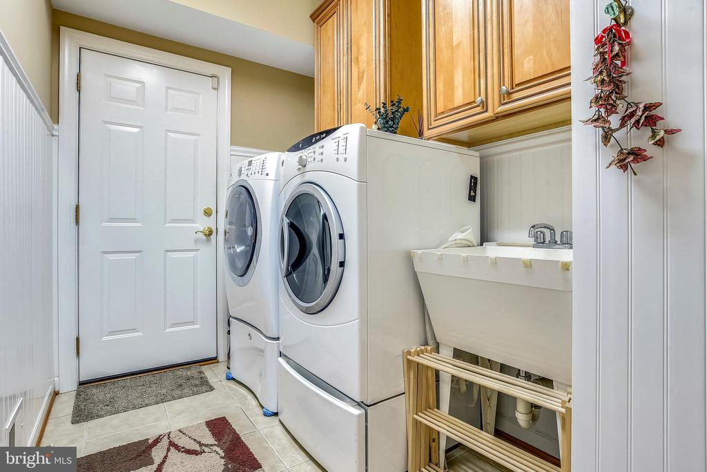 Main Level-Washer Dryer - 4785 GRAND MASTERS WAY, WOODBRIDGE