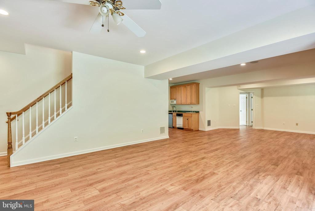 Fifth bedroom, full bath and work out room,storage - 8500 IDYLWOOD VALLEY PL, VIENNA