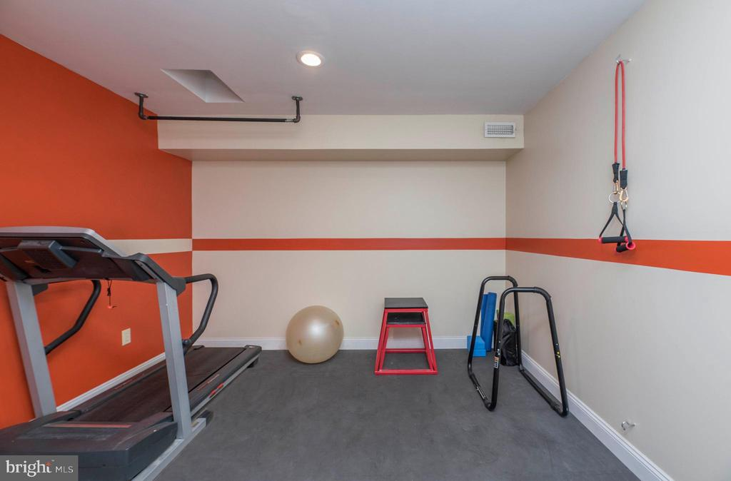 Lower Level Work Out Room or Storage Room - 5 WEXWOOD CT, STAFFORD