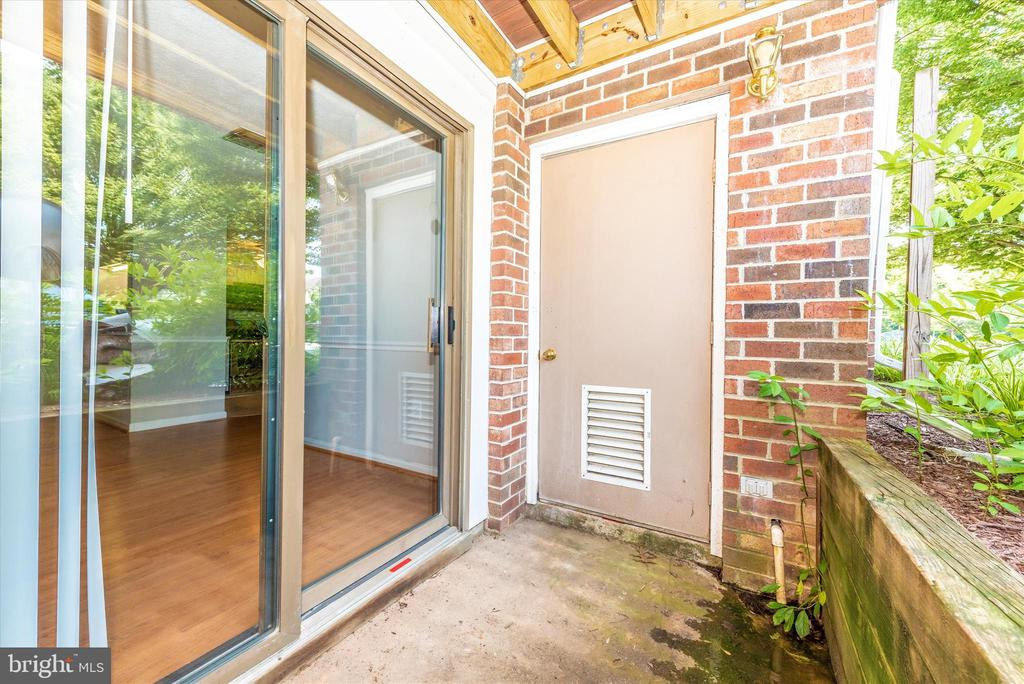 Private Patio - 809-D STRATFORD WAY #1400D, FREDERICK