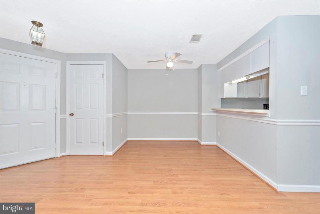 Fresh neutral paint throughout. - 809-D STRATFORD WAY #1400D, FREDERICK