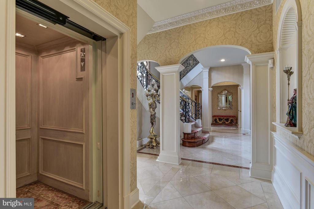 Elevator to all 3 levels - 9333 BELLE TERRE WAY, POTOMAC