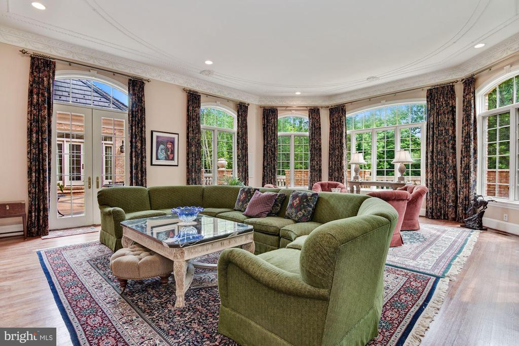 Family Room - 9333 BELLE TERRE WAY, POTOMAC