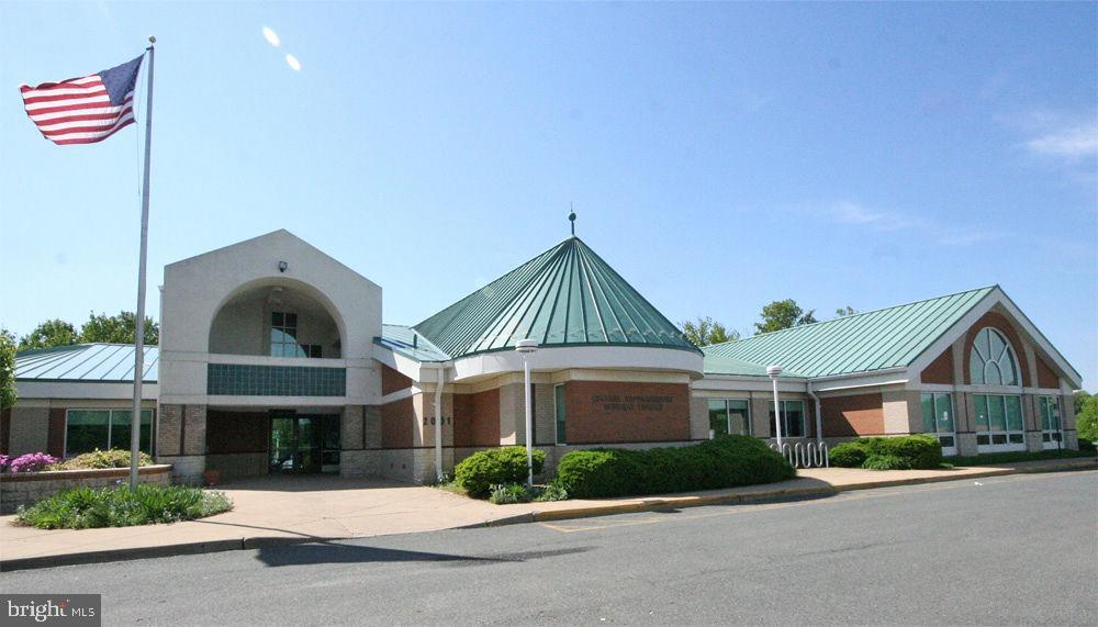 County Library located in Subdivision - 5 WEXWOOD CT, STAFFORD