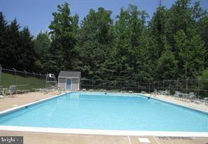 Community Pool - 5 WEXWOOD CT, STAFFORD