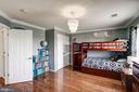 Upper lvl bedroom 2, hardwoods throughout - 25046 MINERAL SPRINGS CIR, ALDIE